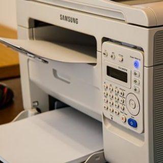 Drucker und Scanner im papierlosen Büro