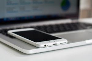 Mobilgerät vs. PC – Wer hat die Nase vorn